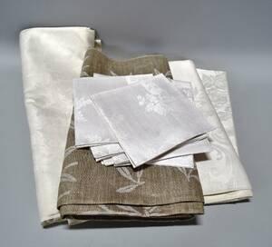Parti linne, 15 delar, dukar och servetter, olika storlekar och mönster