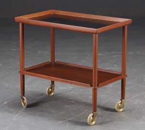Dansk design. Serveringsvogn  rullebord af teak