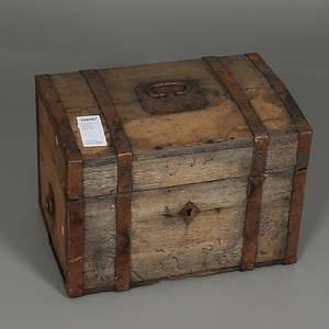 KISTA med järnbeslag, 1800-tales senare del.