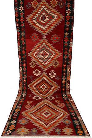MATTA, KELIM, Persien, 353 x 139 cm.