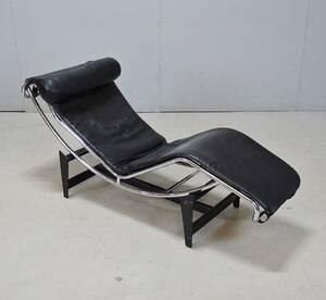 Liggfåtöljvilstol, kopia efter LC4, Le Corbusier