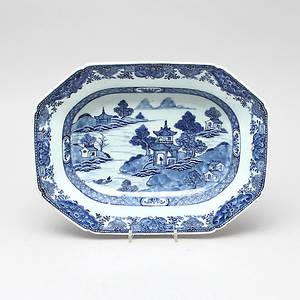 STEKFAT, porslin, Kina, 1700-tal.