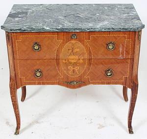 BYRÅ, gustaviansk stil, med marmorskiva, 1900-tal.
