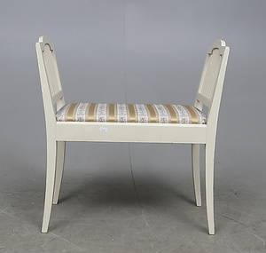 TABURETT, Carl Larsson-stil, 1900-talets första hälft.