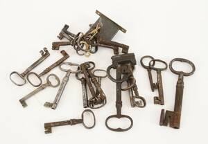 Parti antika nycklar