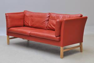 Dansk møbelproducent. 3-pers. sofa.