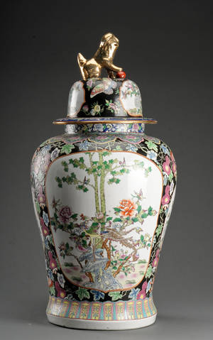 Kinesisk kolosal lågvase af porcelæn