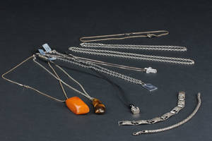 Samling sølvsmykker