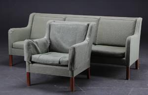 Dansk møbelproducent. Sofasæt. Trepersoners sofa og lænestol 2