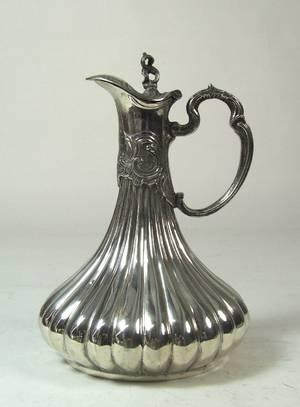 Weinkanne im Stil des Art Nouveau, 900er Silber